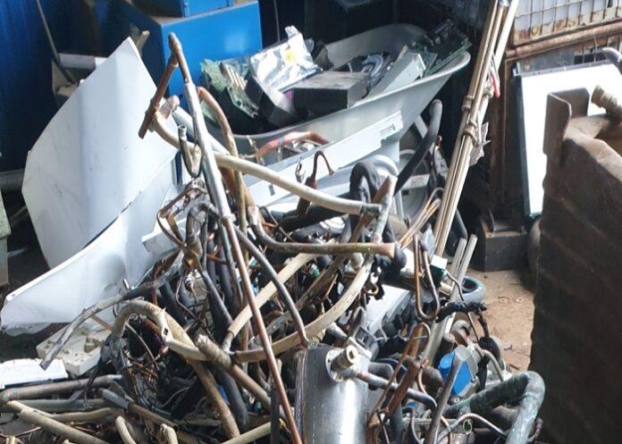 image 1 63 696x497 - Der Schrotthändler Krefeld Wir holen Ihr Altmetall ab und zahlen auch noch dafür schnell und zuverlässig bei Ihnen ab