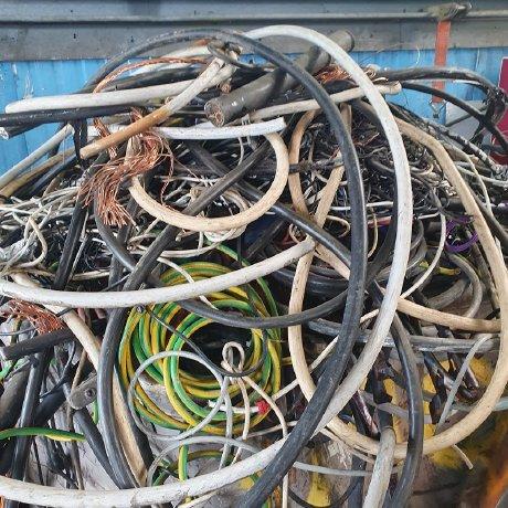 image 1 152 - Schrotthändler in Aachen: Metall-Abholung & Schrottentsorgung