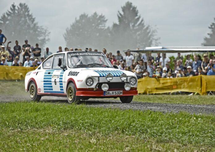 image 1 201 696x492 - ŠKODA startet mit Rallye-Legenden bei der Sauerland Klassik durchs 'Land der 1.000 Berge'
