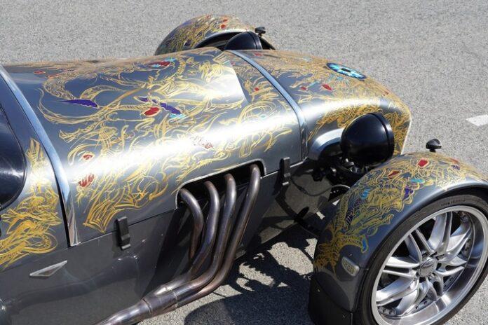 image 1 29 696x464 - Casino Monte-Carlo Roulette mit 300 PS Lotus Super 8 Premiere